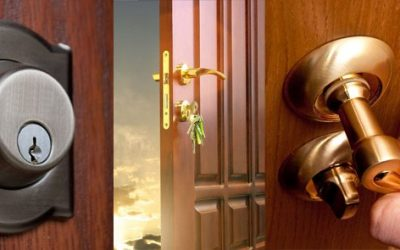 What does a locksmith do and when should I call one?